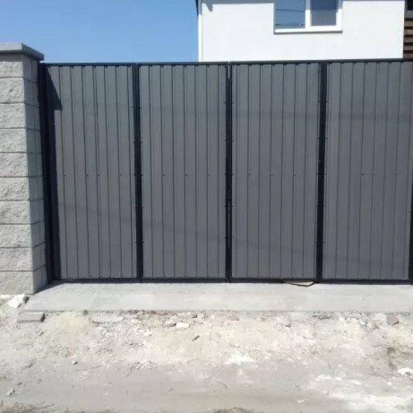Ворота, решетки, перила, лестницы, заборы, котлы.