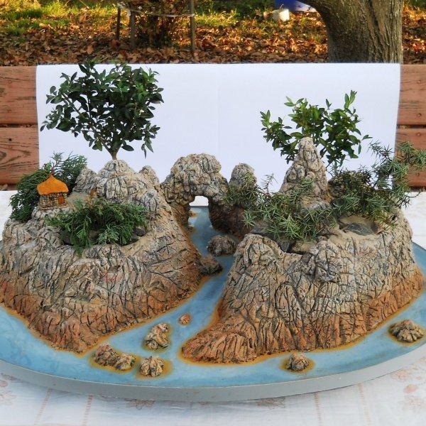 бонсай, пенджинг (ландшафт на подносе), цветочные вазоны