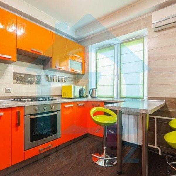 Продается 2 к. квартира с евроремонтом на Антоновича 99 в центре