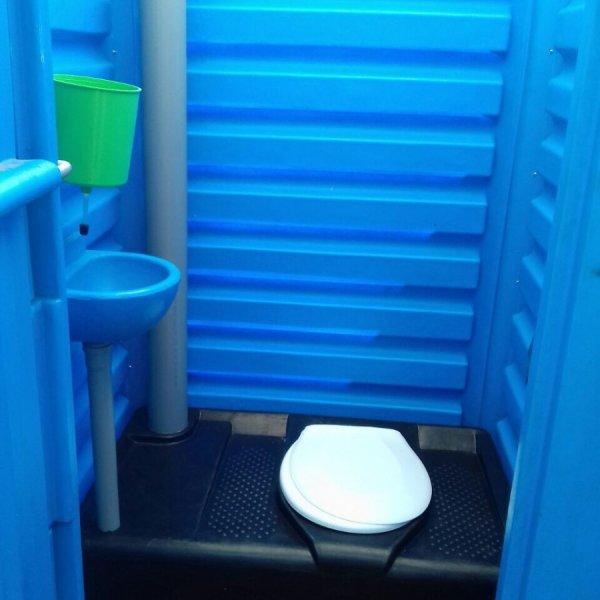 Оренда та обслуговування мобільних туалетних кабін